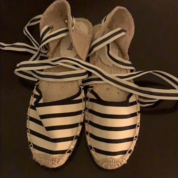 c028b8ab095f Soludos Classic Sandal Stripe Natural   Black